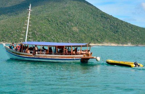 Passeios de Barco Arraial do Cabo 2